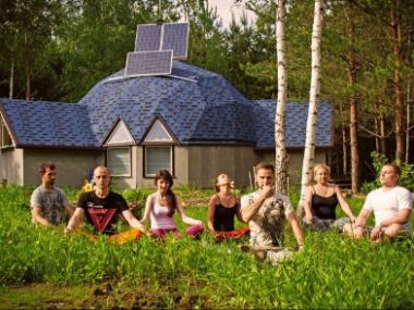 Творим совместную жизнь: Как вырастить экопоселение или общину вашей мечты