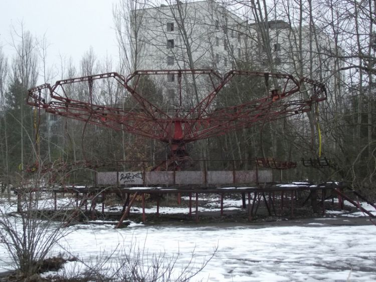 О Чернобыле: 30 лет спустя